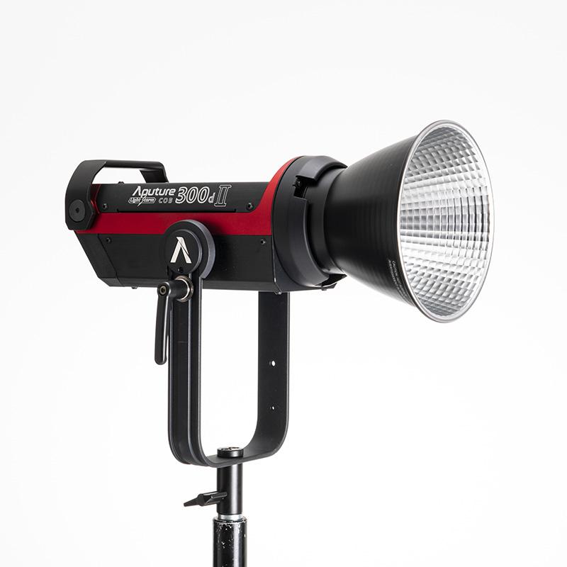 照明機材(Aputure)